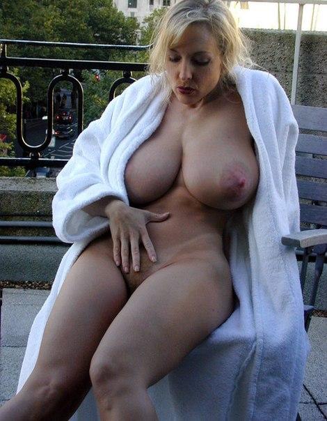 Желанные дамы с большими сиськами и попками - секс порно фото
