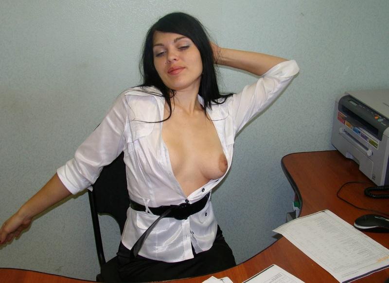 Парень выложил в интернет свою голую подружку - секс порно фото