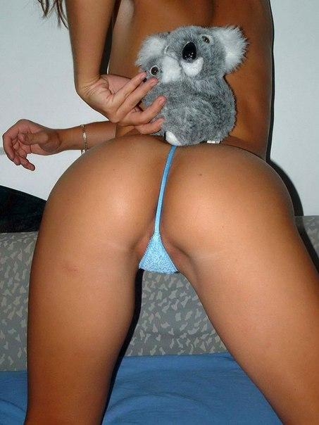 Сногсшибательные попки девушек крупным планом - секс порно фото