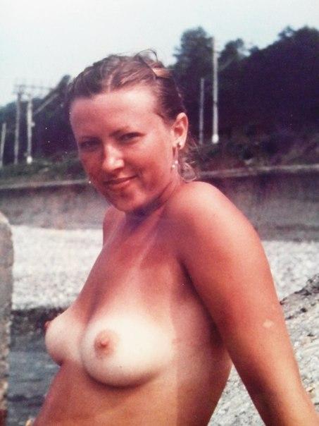 Обнаженные и неудовлетворенные девахи ждут своего шанса - секс порно фото