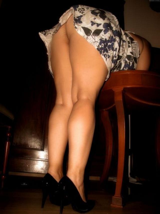 Упитанные жопы любят, когда на них смотрят - секс порно фото