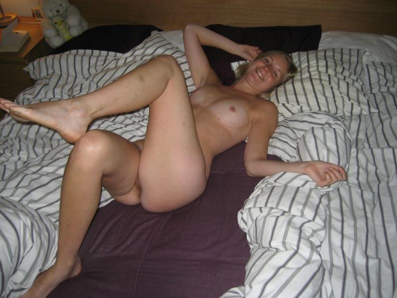 Оральный секс молодых влюбленных в паре друг с другом - секс порно фото