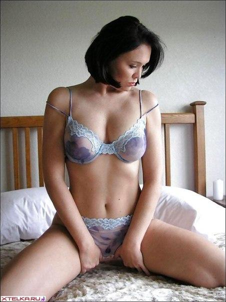 Возбуждающие лишь одним движением красивые девушки - секс порно фото