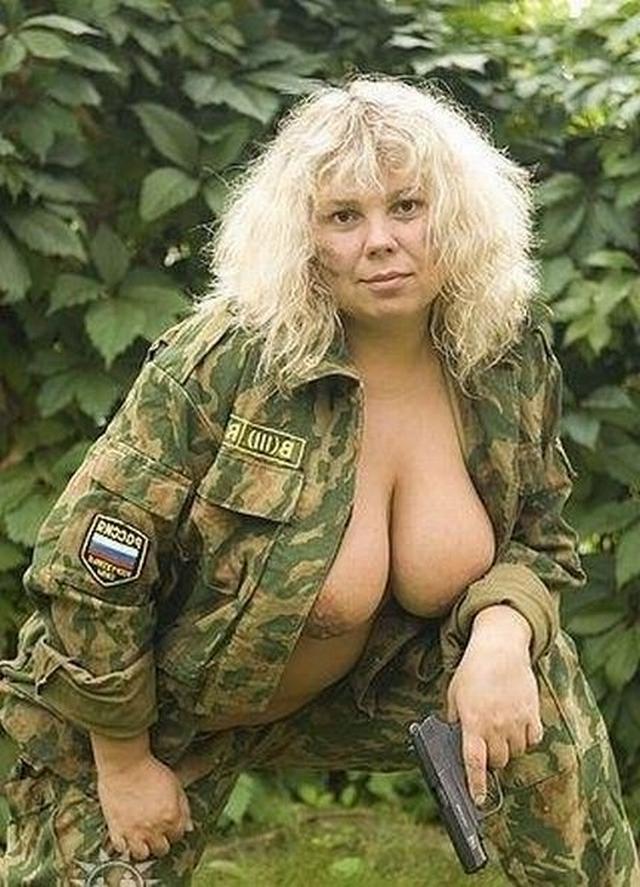 Порочные грудастые дамы на службе у народа - секс порно фото