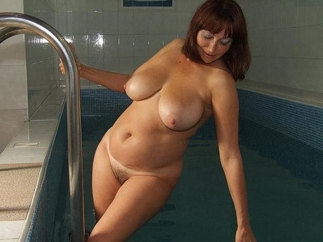 Девушки прекрасно отдыхают в выходной день - секс порно фото