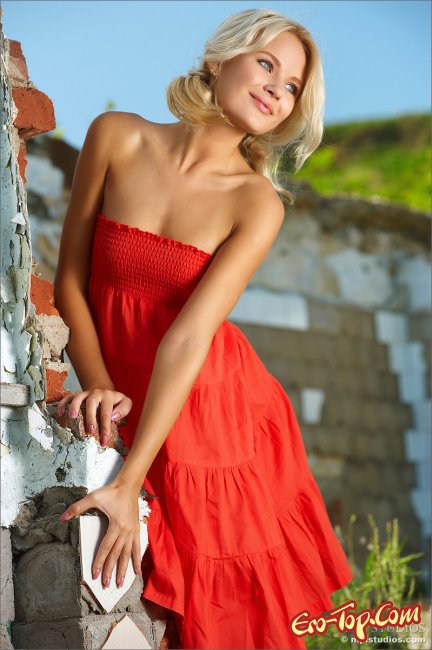 Красавица  - эро фото модели от MPL студии.